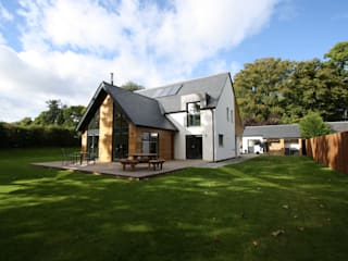 Alvadell - South East:  Houses by Fiddes Architects