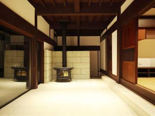 築120年、日本の古民家再生 オリジナルデザインの 多目的室 の ㈱カナザワ建築設計事務所/KANAZAWA Architects Design Office オリジナル