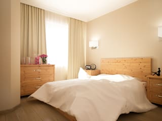 Camera da letto in stile  di Иван Урека, Scandinavo