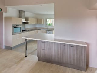 Кухня в стиле модерн от Atelier RnB Модерн