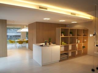 CASA GH Cucina moderna di marco.sbalchiero/interior.design Moderno