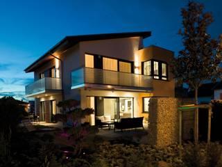 Kooperation mit Jetzthaus Moderne Wohnzimmer von MWE Edelstahlmanufaktur Modern