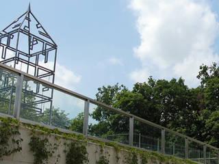 Parkeergarage Masiusplein: modern  door Buro Topia stads- en landschapsontwerp, Modern