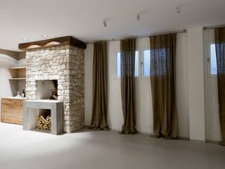 TAVERNA: Cantina in stile  di marco.sbalchiero/interior.design