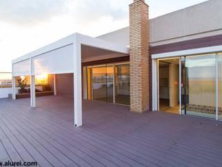 Atico en Tarragona Jardines de estilo mediterráneo de RENSON ventilacion y proteccion solar Mediterráneo