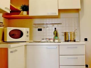 Home staging su mini appartamento turistico. di Gabriella Pontis
