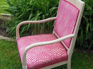 fauteuil rose par Decoration Christine Moderne