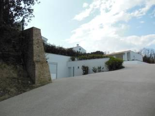 Mediterranean style house by RO|a_ Mediterranean