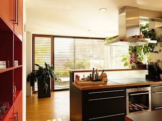 Projekty,  Kuchnia zaprojektowane przez Architekten Lenzstrasse Dreizehn