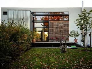 Casas de estilo moderno por Architekten Lenzstrasse Dreizehn