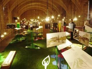 Césped artificial en exposiciones Verdalia Museos de estilo moderno