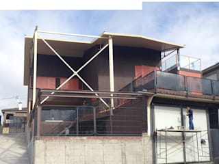 VIVIENDA UNIFAMILIAR INDUSTRIALIZADA, MODULAR Y RECICLABLE: Casas de estilo  de Estudio de Arquitectura Arte y Vida de Patricia Huerta arquitecto
