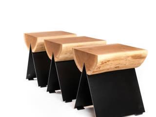 1/2 stołek / stool od WITAMINA D Minimalistyczny