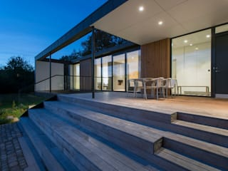 Scandinavian style balcony, veranda & terrace by C.F. Møller Architects Scandinavian