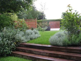 IJLA - Contemporary Garden Nowoczesny ogród od IJLA Nowoczesny