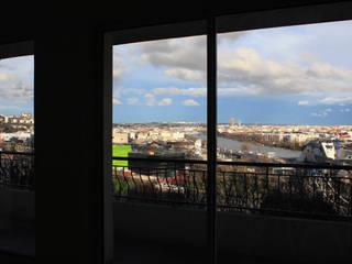 Appartement avec vue Salon moderne par cambiums Moderne