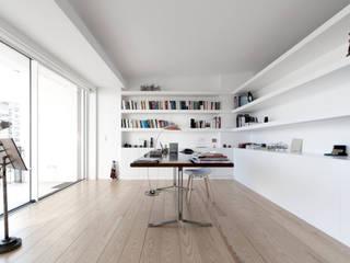 appart Soggiorno minimalista di stefano riva architetto Minimalista