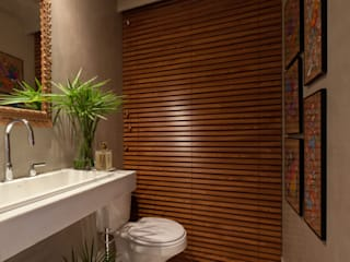 IE Arquitetura + Interiores Modern style bathrooms