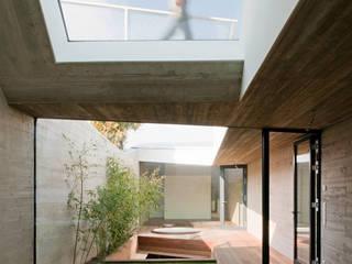 cj_5 - housing in urban density:  Terrasse von Caramel architekten