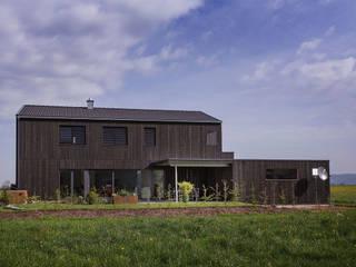 Südseite: moderne Häuser von ku architekten