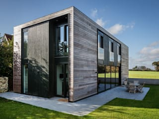 Houses by Adrian James Architects,