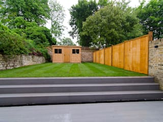 Hampstead development Modern style gardens by London Refurbishments Modern