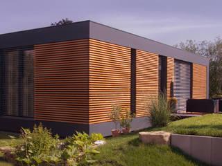 Minimalist house by smartshack Minimalist