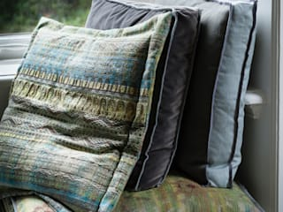 Cushions by Linteloo Lab:   by LINTELOO