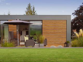 Musterhaus freelance:  Häuser von smartshack