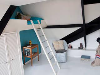 gezinshuis met kleur Moderne kinderkamers van IJzersterk interieurontwerp Modern
