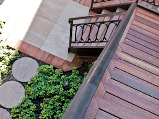 Brooklyn Heights Addition Colonial style balcony, veranda & terrace by Ben Herzog Architect Colonial