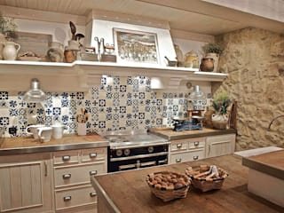 Urbana Interiorismo Rustic style kitchen