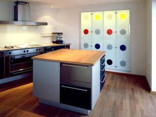 Kitchen by SNAP Stoeppler Nachtwey Architekten BDA Stadtplaner PartGmbB