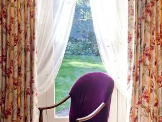 Window Treatment: modern  by Grey Soft Furnishings, Modern
