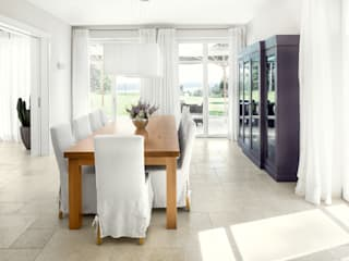 Country style dining room by Förstl Naturstein Country