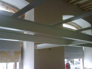 Loft in porta Romana - Milano -: Finestre in stile  di A3 Studio Associato di Architettura e Ingegneria di Arch. Ing. Marco Bramati e Arch. Marco Paolo Galbiati