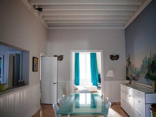 La Maison de Gilles & Nathalie Maguelone Vidal Architectures Salle à mangerTables