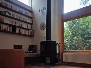 Scandinavian style living room by 長浜信幸建築設計事務所 Scandinavian