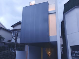 HT house モダンな 家 の アクシス・アーキテクツ/AXIS ARCHITECT & ASSOCIATES モダン