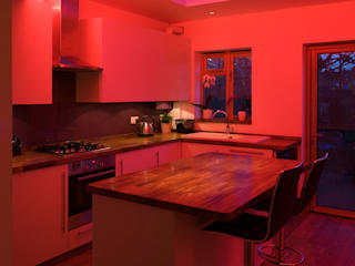 Kitchen: minimalistic Kitchen by Elektra Lighting Design