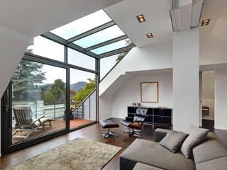 غرفة المعيشة تنفيذ Architekturbüro Lehnen