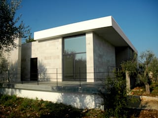 Minimalist house by Giandomenico Florio Architetto Minimalist