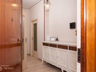 Come rendere leggera e dare nuova vita ad una vecchia cassettiera.:  in stile  di Home Staging Corner
