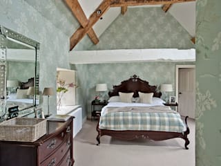 ​Ansty Manor, Bedroom Country style bedroom by BLA Architects Country