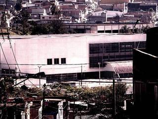 Ecoles de style  par ODVO Arquitetura e Urbanismo, Moderne