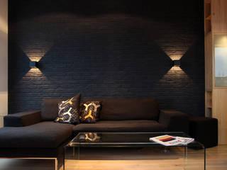apartament Warszawa Włochy: styl , w kategorii Salon zaprojektowany przez SHOQ STUDIO Architektura i wnętrza