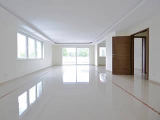Wohnzimmer: moderne Wohnzimmer von OSKAR Immobilien