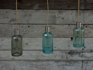 Lampion gładki ze szklanego syfonu od NaNowo Industrial Design Industrialny