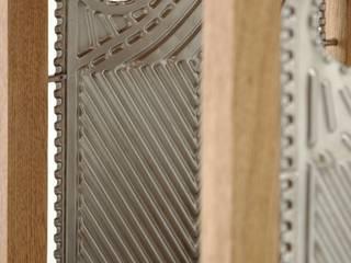 Etażerka w dębowej ramie od NaNowo Industrial Design Minimalistyczny