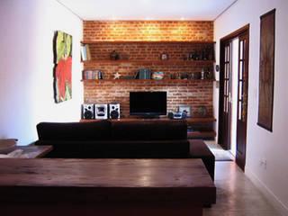 Interiors & Furniture design Rustic style living room by Carol Weston Architecture & Interiors Rustic